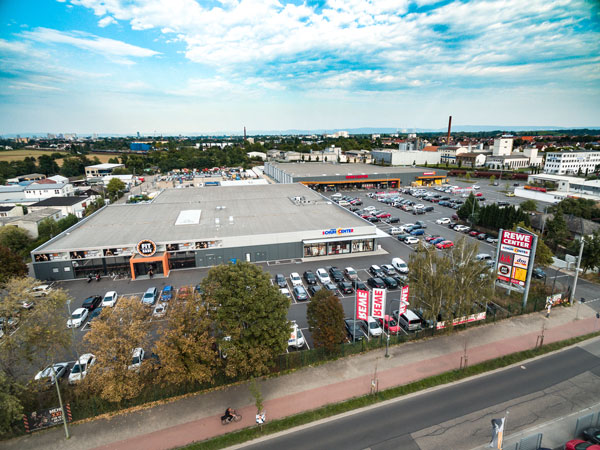 An Ariel view of the Ludwigshafen retail warehouse park